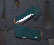 Lululemon Run With Me Gloves in Teal/Heathered Black