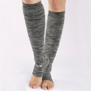 StickyBe Be Love Marbled Leg Warmers in Grey/White