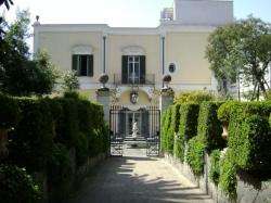 Villa San Gennariello B&B in Portici, Campania, Italy