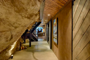 Beckham Creek Cave Lodge, Arkansas, United States I 7 Cave Hotels to Get Cozy In This Fall