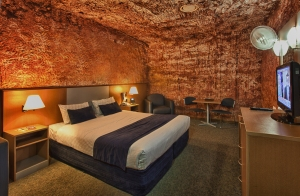 Desert Cave Hotel, Coober Pedy, Australia I Room Service: 7 Cave Hotels to Get Cozy In This Fall I {un}covered