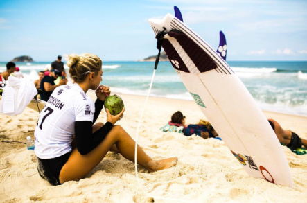20 Questions With: Beach Bombshell-Pro Surfer Sage Erickson I {un}covered
