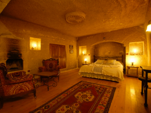 Traveller's Cave Hotel, Göreme, Cappadocia, Turkey I Room Service: 7 Cave Hotels to Get Cozy In This Fall I {un}covered