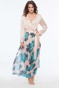 """Dear Bowie Silk Charmeuse & Silk Georgette """"Naomi"""" Maxi Robe in Floral I 9 Robes to Get Wrapped Up in This Fall, & Where We'd Wear Them I {un}covered"""
