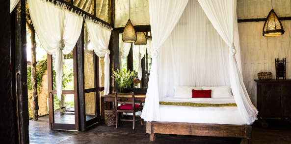 Bambu Indah, Ubud, Bali I 9 Robes to Get Wrapped Up in This Fall, & Where We'd Wear Them I {un}covered