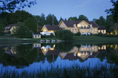 Toftaholm Herrgård, Sweden Exterior I 8 of the World's Most Hauntingly Beautiful Hotels...Literally I {un}covered