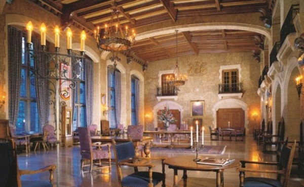 Fairmont Banff Springs, Canada Interior I 8 of the World's Most Hauntingly Beautiful Hotels...Literally I {un}covered