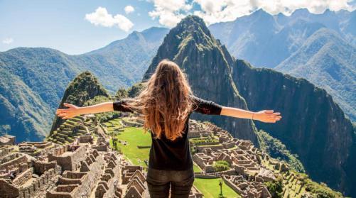 Yoga & Service Adventure to Peru with Amanda Harding and Bobbie Marchand I 9 Health & Wellness Retreats Around the World to Book For 2017 I {un}covered