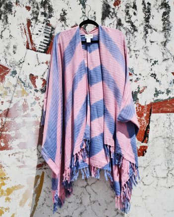 Ketzali's 100% Cotton Tzol Poncho I Holiday Gift Guide: 25 Perfect Picks For the Beach Babe I {un}covered