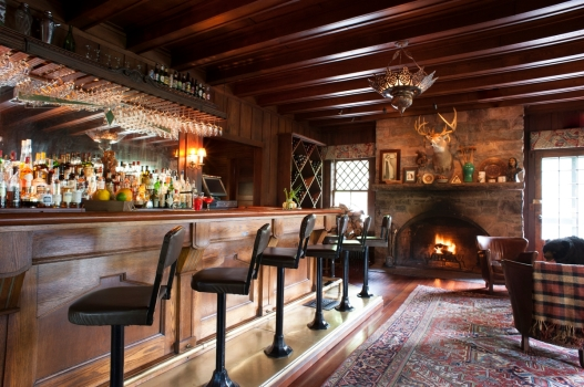 Deer Mountain Inn, Tannersville I Catskills Travel Guide: A Wintry Weekend Escape From NYC I {un}covered