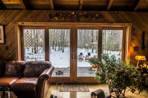 Hunter Mountain Airbnb, photo credit @travelinglamas I Catskills Travel Guide: A Wintry Weekend Escape From NYC