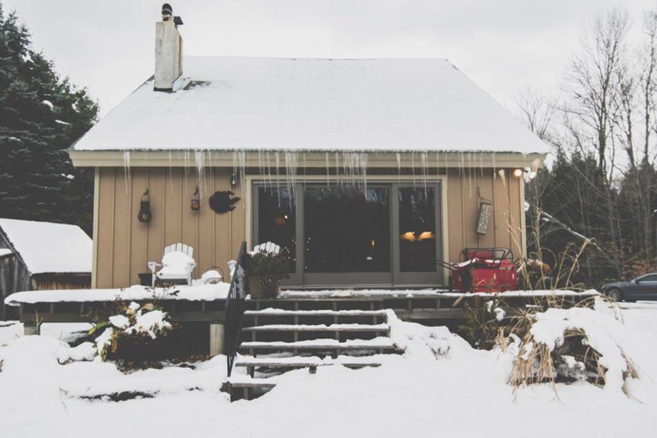 Hunter Mountain Airbnb, photo credit Alberto Lama for The Wander Life I Catskills Travel Guide: A Wintry Weekend Escape From NYC