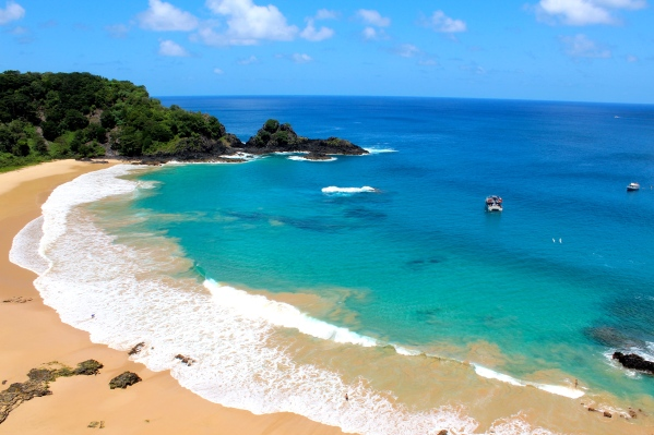 Baia do Sancho, Fernando de Noronha, Brazil I These Are the Top 15 Beaches in the World Right Now, According to TripAdvisor I {un}covered