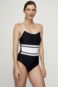 Long Tall Sally I 15 Stylish One-Piece Swimsuits to Flatter Every Body I {un}covered