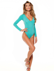 Lybethras I 15 Stylish One-Piece Swimsuits to Flatter Every Body I {un}covered