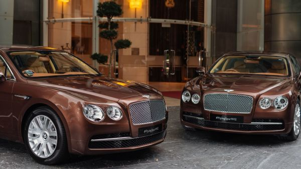 St. Regis Singapore - Bentley Partnership I These Hotels Are Offering Guests the Ultimate Joyride by Passing the Keys to Luxury Cars I The Wander Life