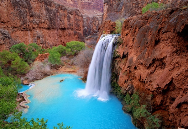 Havasu Falls and Mooney Falls Trail, Havasupai Indian Reservation, Arizona I 10 U.S. Hikes With The Most Spectacular, Panoramic Views I The Wander Life