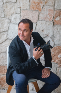 Alberto Lama / NYC & Destination Wedding Photographer / Traveling Lamas