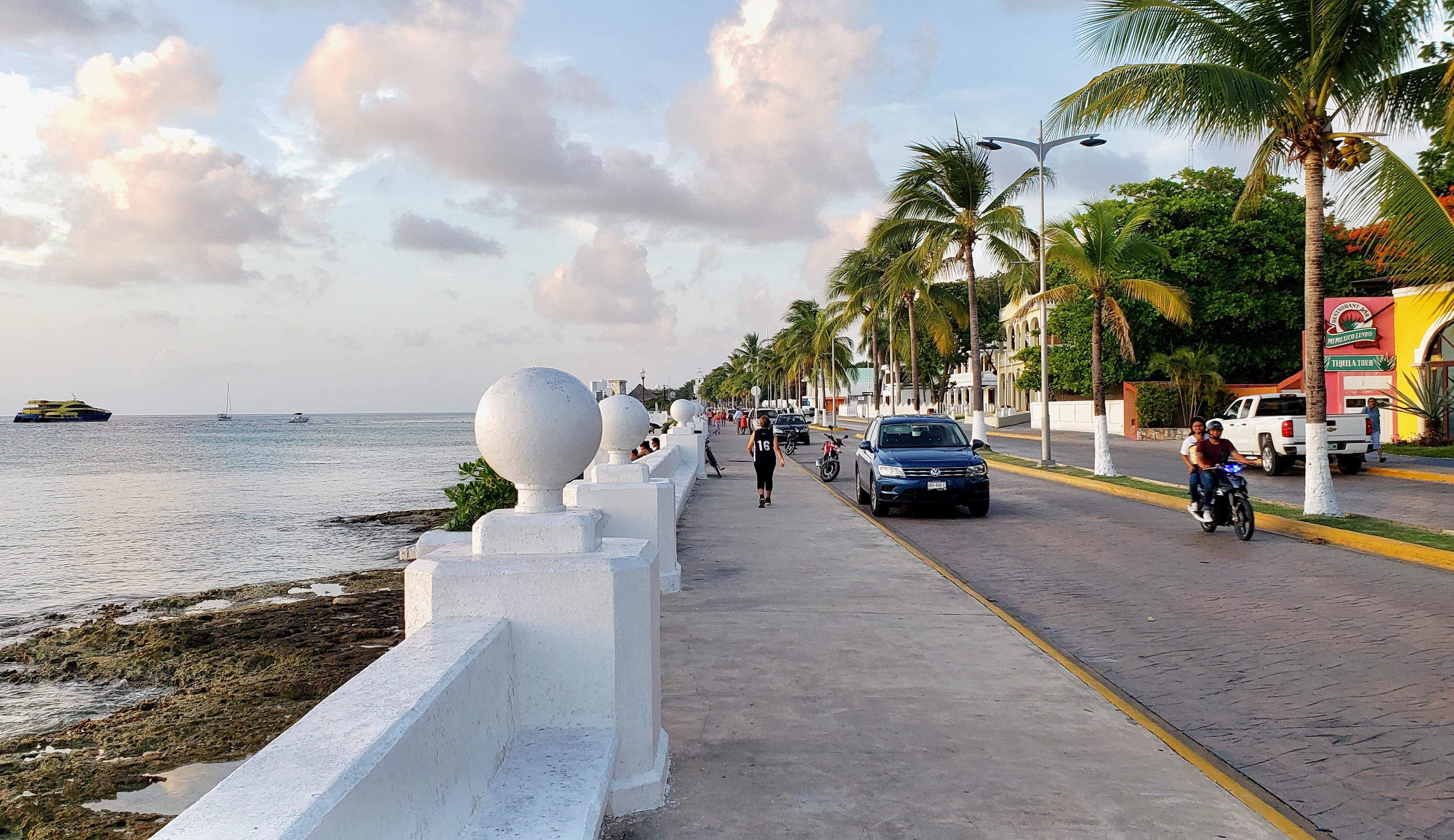 Cozumel, Mexico Travel Guide 2021 / Traveling Lamas / photo by@travelinglamas