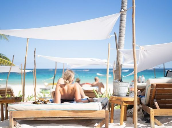 Your Ultimate Guide to Tulum's Best Beach Clubs in 2020 (Post-Lockdown) / TravelingLamas.com / Photo courtesy of Villa Pescadores (Ahau Collection)