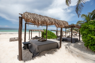 Your Ultimate Guide to Tulum's Best Beach Clubs in 2020 (Post-Lockdown) / TravelingLamas.com / Photo courtesy of NEST Tulum
