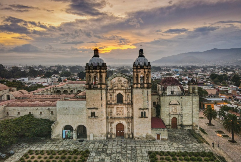 Best Things to Eat, See & Do NOW in Oaxaca City, Mexico (January 2021 / TravelingLamas.com / Photo by@travelinglamas