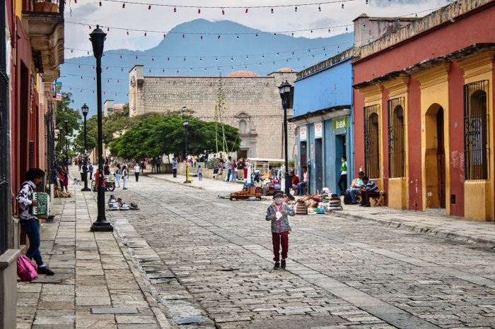 Best Things to Do, Eat & See NOW in Magical Oaxaca City, Mexico (January 2021 / TravelingLamas.com / Photo by @travelinglamas