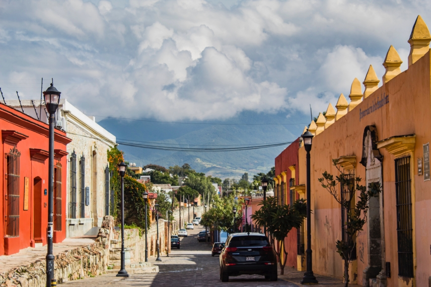 Best Things to Do, Eat & See NOW in Magical Oaxaca City, Mexico (January 2021 / Historic Oaxaca Centro / TravelingLamas.com / Photo by @travelinglamas