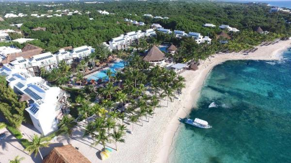Best Mexican Hotels & Resorts Offering Free Covid Testing AND Quarantine Stays to American Travelers / Photo courtesy of Sandos Caracol Eco-Resort