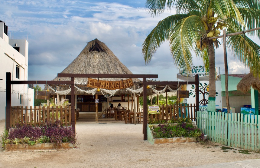 Best Restaurants in Río Lagartos Biosphere Reserve, Yucatán, Mexico: a 2021 Travel Guide // TheLamaList.com // Photo by @travelinglamas