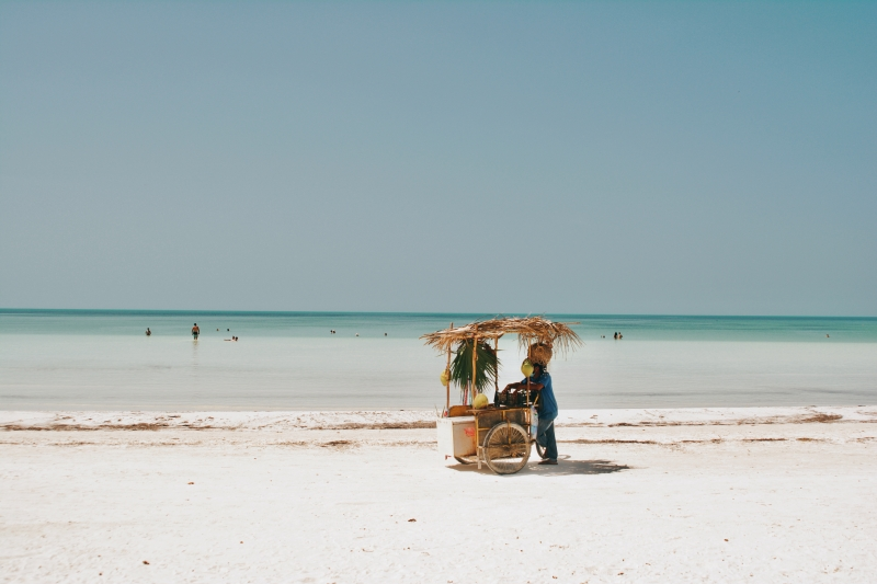Best Things to Do, Eat & See in Holbox Island, Mexico: a 2021 Travel Guide // The Lama List // TheLamaList.com // Photo by @travelinglamas
